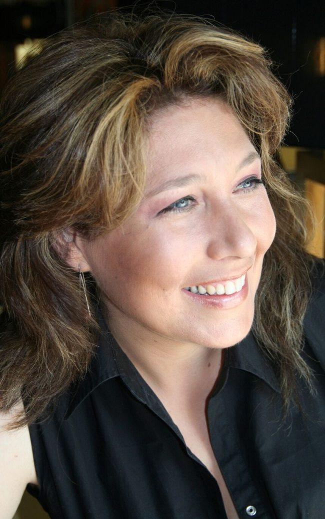 Jacinta Bola<br />vocal